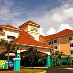 Foto de Holiday Inn Express Hotel and Suites Orlando-Lake Buena Vista South