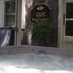 Hot Tub Open 24/7 yr round