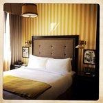 Citizen Hotel, bedroom in suite