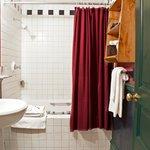 Jacuzzi Tubs & Luxury Bath Amenities