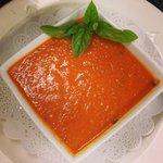 Tomato smoked mozzarella soup