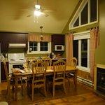 Espace cuisine/salle à manger