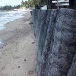 Praia de frente ao hotel