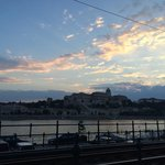 Fim de tarde da primavera no Danúbio
