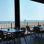 Vistas de la playa desde la terraza.