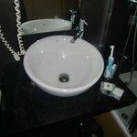 Waschbecken von Rowa