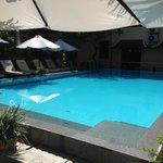 there's that pool i love again
