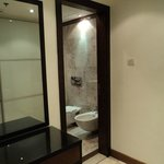 Executive Room En-Suite Bathroom