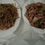 1Plato: Tallarines chinos 2Plato: Pollo con almendras