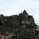 Château de Beynac vu depuis la ville