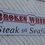 Broken Wheel Restaurant & Lounge Foto