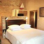 Les chambres et suites disposent toutes de leur terrasse avec mobilier
