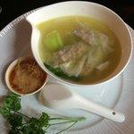 Jiaozi soup