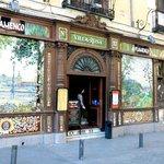 В этом ресторане можно посмотреть лучшие в Испании программы фламенко