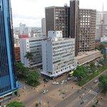 Вид с крыши отеля на Кениата авеню