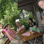 Dorfmusikanten im Biergarten