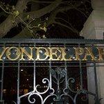 Una de las entradas al Vondelpark