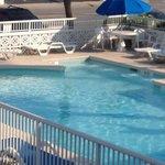 Clean pool...