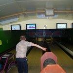 4 x 10 pin bowling lanes