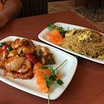 Mango Shrimp & Spicy Singapore Chicken Vermicelli