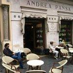 Pansa tables outside
