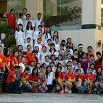 Cán bộ nhân viên Khách sạn Đức Anh cùng đoàn hợp xướng Solart ủng hộ CT Tổ Quốc Nhìn Từ Biển