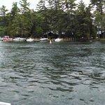 Photo de Captain Bob's Pontoon Boat Rentals