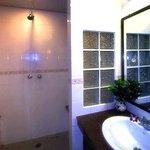 Bathrooms feature Granite counters