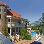 Snegiri Villa