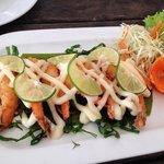 Fried shrimp with lemon sauce