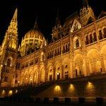 Parlamento di notte