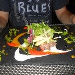 Tartare di tonno con melograno alla salsa di mango (entrée)
