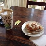 Great French roast coffee and surprisingly tasty cinnamon roll. Fresh fresh and not overly sweet