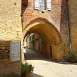 une des portes du village