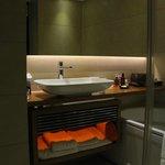 Room 967 - the bathroom