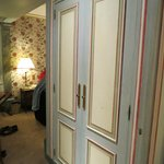 Large, lighted closet