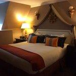 king bedroom - very comfortable!