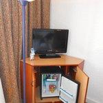 Mini-bar, TV