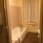 Bridal suite bath room