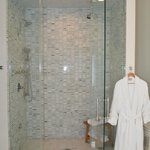 Lee Suite - steam shower