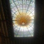 La cúpula, invertida, que aumenta la incidencia de la luz