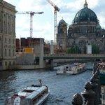 Rio Spree e a Cátedral