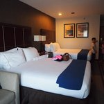 2 queen size beds enough to accommodate a family of 4. well-appointed rooms