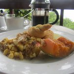 Breakfast (slatfish and callaloo) on the Ska deck