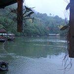 vue de notre lodge sur la rivière kwai