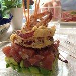 tonno avocado e cipolle di tropea - un abbinamento davvero gustoso