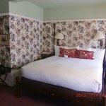 2日目の部屋のベッド