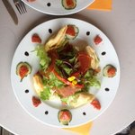salade saint marcelin en feuille de brick