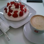 Pavlova with fresh strawberries