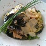 μακαροναδα με θαλασσινα